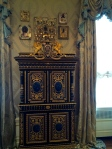 Icon room curio cabinet